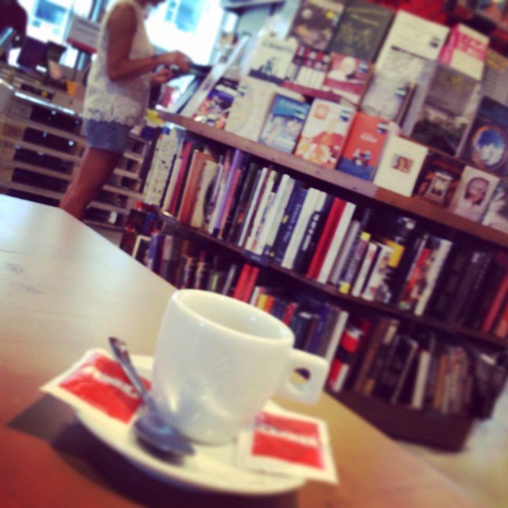 RED ... Read eat e dream ... Feltrinelli Milano P.zza Gae Laurenti