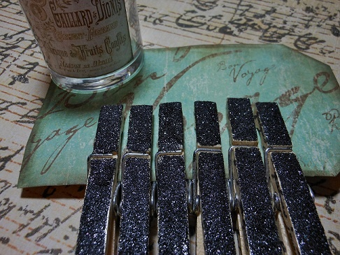 Black glittered clothespins for the home office. www.theeuropeanmarket.etsy.com
