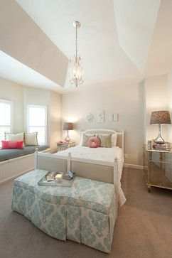 This would make a nice girl's room for later on. Home Design, Pictures, Remodel, Decor and Ideas - page 176
