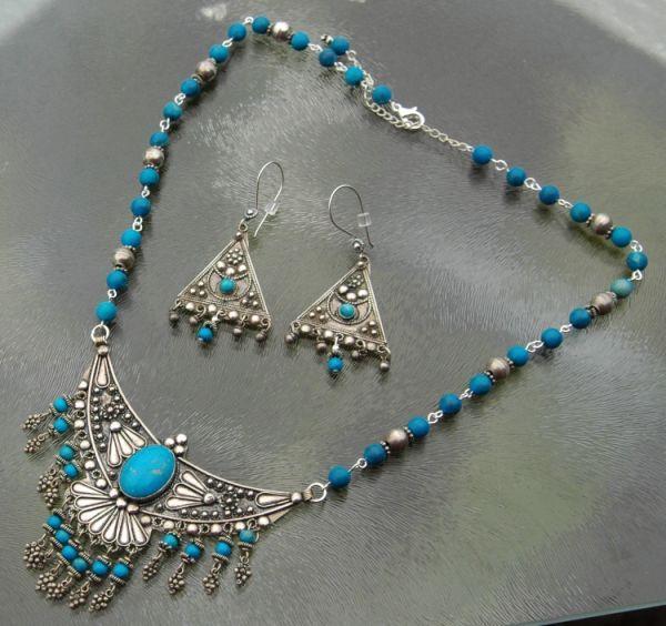 Zelf #sieradenmaken met kralen en edelstenen. Gratis uitleg en tutorials voor armbanden, kettingen en oorbellen.