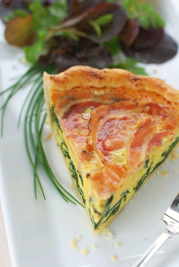 Parmaham & cotswold kaas quiche. Smaakt perfect bij een heerlijke Brut Champagne! http://www.brouzje.nl/webshop/soort-champagne/brut