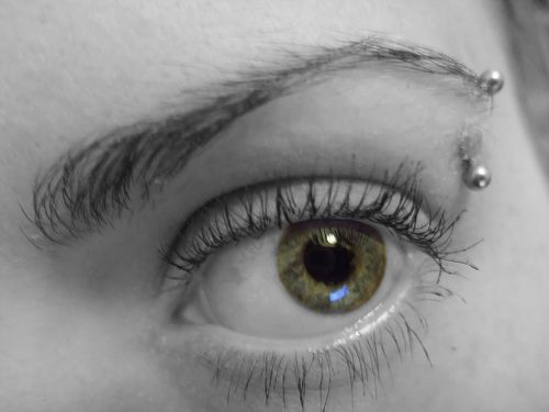 Eyebrow Pierced -Readmore http://tattoosclick.com/eyebrow-piercing-for-men-and-women