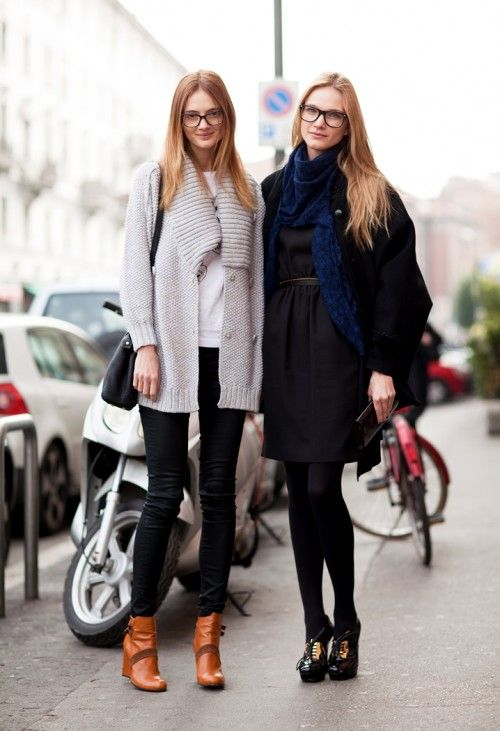 four eyed friends: Fashion Weeks, Cozy Fall Outfit, Casual Fall, Ankle Boots, Street Style, Milan Street Casual Chic, Glasses Girls, Nerd Fashion For Girls, Chic Nerd