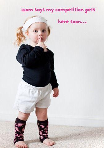 Clever pregnancy announcement idea... CUTE CUTE lol
