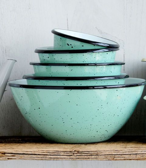 Reminiscent of robins' eggs, this speckled quintet is too pretty to tuck in a drawer.