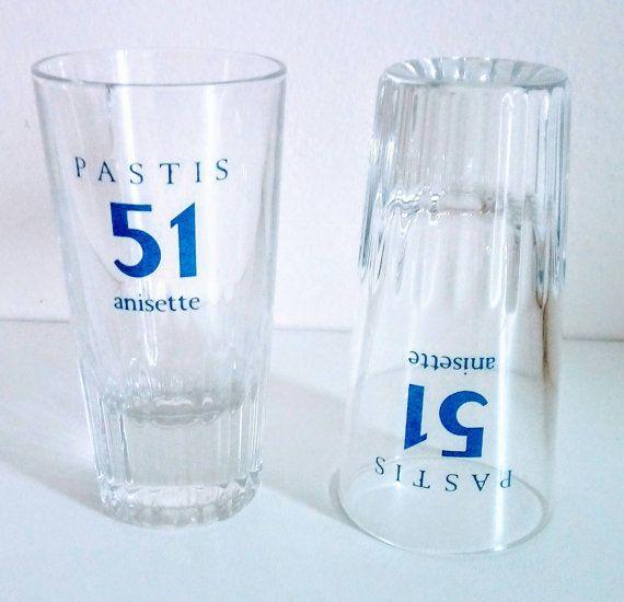 Retrouvez cet article dans ma boutique Etsy https://www.etsy.com/fr/listing/503191857/lot-de-2-verres-a-pastis-51-anisette