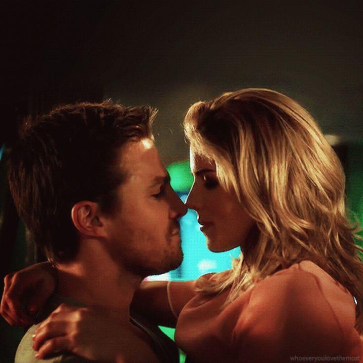 Oliver & Felicity <3 #Olicity in #Arrow #Season5 - Sizzle Reel Trailer