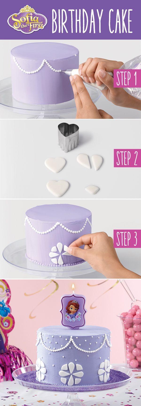 Decora un pastel o realiza cupcakes, si eres de las mamás que sabe hornear pasteles, pues ya la hiciste, aquí te enseño como hacer uno lindo