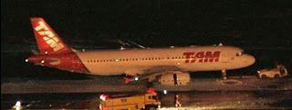 Taís Paranhos: SP: Turbina de aeronave pegou fogo