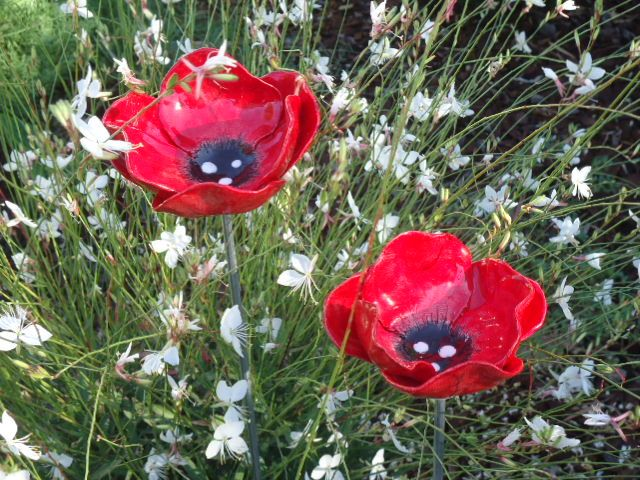 garden ceramic poppies