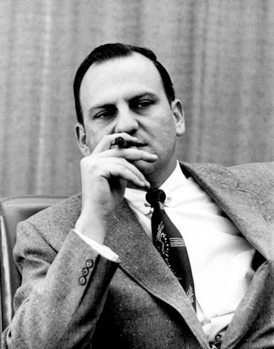 Caption: Lee Iaccoca, head of Ford Division, Dec. 20, 1960 (The Detroit News) Album ID: 1369998 Photo ID: 39080253