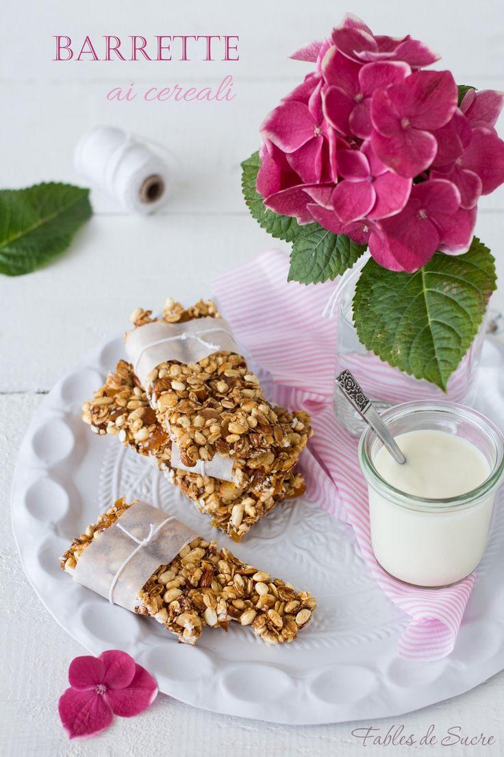 Le barrette ai cereali sono uno snack sano e soddisfacente. Sono ricche di gusto grazie ai cereali, semi e frutta secca. Ideali da portare sempre con sé.