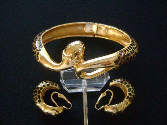 Fabulous Snake Gold Tone Bangle