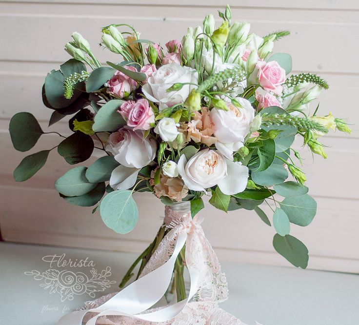букет, свадьба, эко свадьба, итальянская свадьба, пионовидная роза, растрепанный букет, зелень