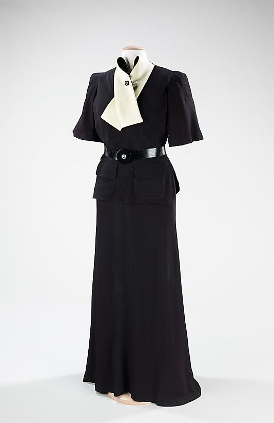 Ensemble, Dinner  Madeleine Vionnet  (French, Chilleurs-aux-Bois 1876–1975 Paris)  Date: 1936–38 Culture: French Medium: silk Dimensions: Length at CB (a): 25 in. (63.5 cm) Length at CB (b): 48 in. (121.9 cm) Credit Line: Brooklyn Museum Costume Collection at The Metropolitan Museum of Art, Gift of the Brooklyn Museum, 2009; Gift of Mrs. Edward G. Sparrow, 1969 Accession Number: 2009.300.464a–c