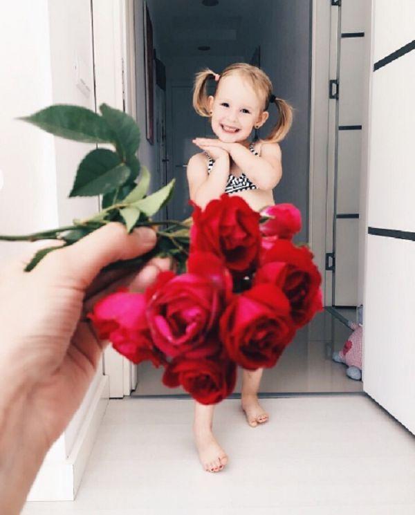Новая звезда Инстаграма: мама прославила дочь креативными нарядами https://joinfo.ua/showbiz/1210283_Novaya-zvezda-Instagrama-mama-proslavila-doch.html