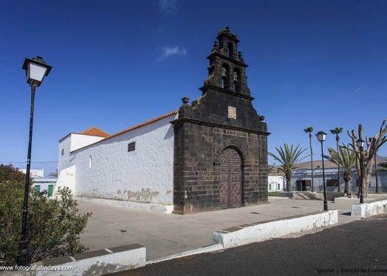 El Cabildo de Fuerteventura ha formalizado el contrato para la ejecución de las obras del entorno de la ermita de Casillas del Ángel y la Ermita de Santa Ana