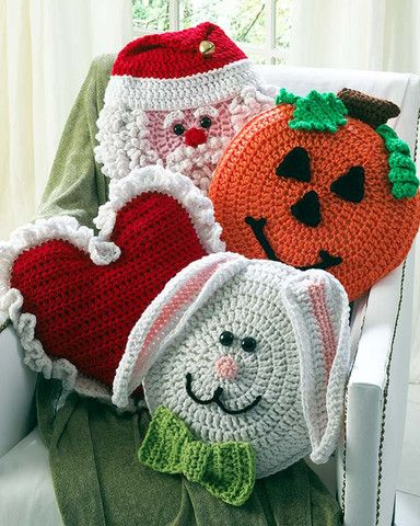 Picture of Holiday Pillows Crochet Pattern Set 1 -Crochet on The Double