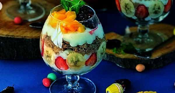طرز تهیه دسر ویکتوریا به صورت خوشمزه Persian Food Food Desserts