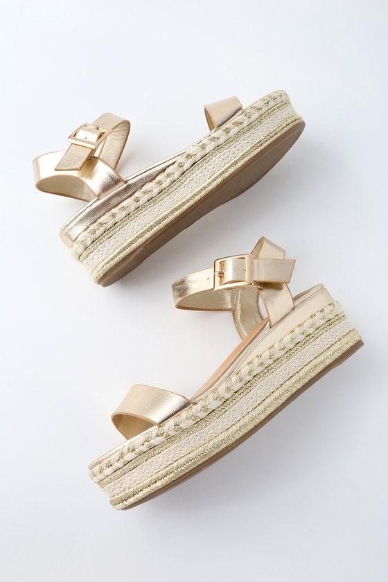 1907ed73843 Get your goddess on in the Cecilio Gold Espadrille Flatform Sandals! Sleek