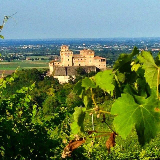 Sbirciando il Castello di Torrechiara -Instagram by matmassar