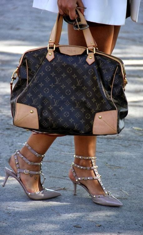 Louis Vuitton Handbags #Louis #Vuitton #Handbags Online Store Wholesale Price For 2015 Womens Fashion Style.