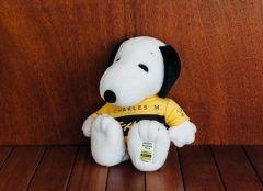 スヌーピーミュージアムで4月22日から始まるピーナッツギャングオールスターズともだちを紹介してよスヌーピーの1周年記念展の限定グッズのぬいぐるみ 1周年Tシャツスヌーピーが可愛い過ぎる( これは絶対に手に入れなくてはtags[東京都]