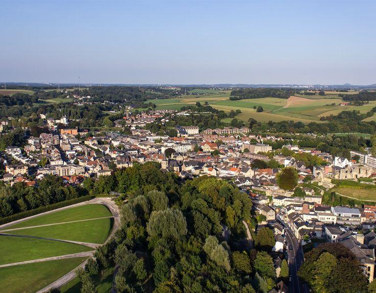 Valkenburg aan de Geul: castles, terraces, caves.