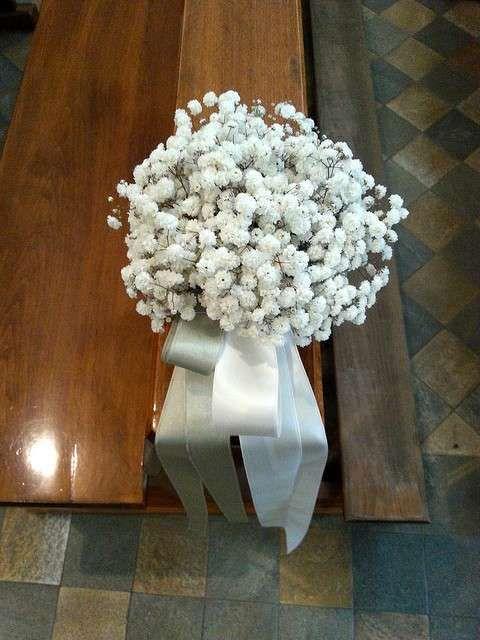 Addobbi floreali per la chiesa per un matrimonio