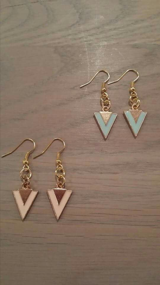 Handmade earrings www.hairandbeautysalonjolien.com