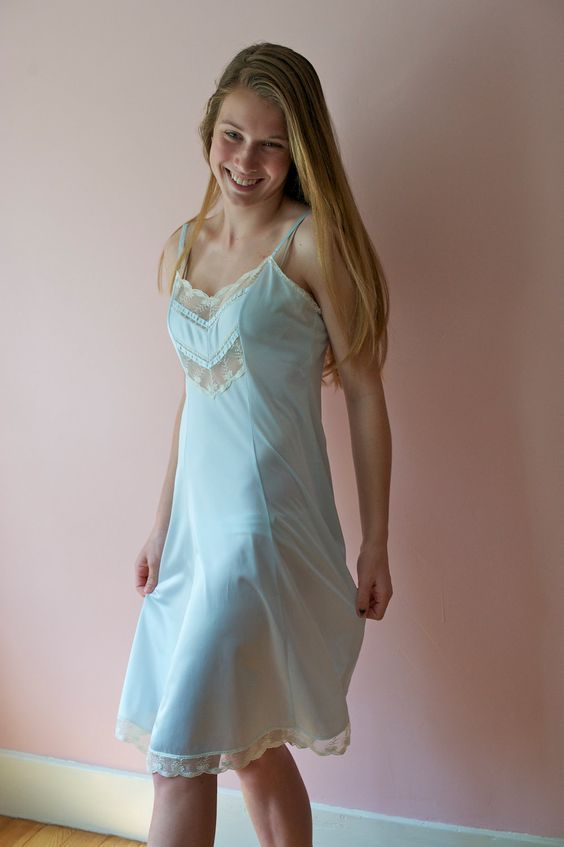foto de 12992 best slips chemises & nightgowns images on Pinterest Shirts Nightgowns and Satin slip