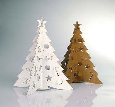 Arbol de Navidad en carton reciclado