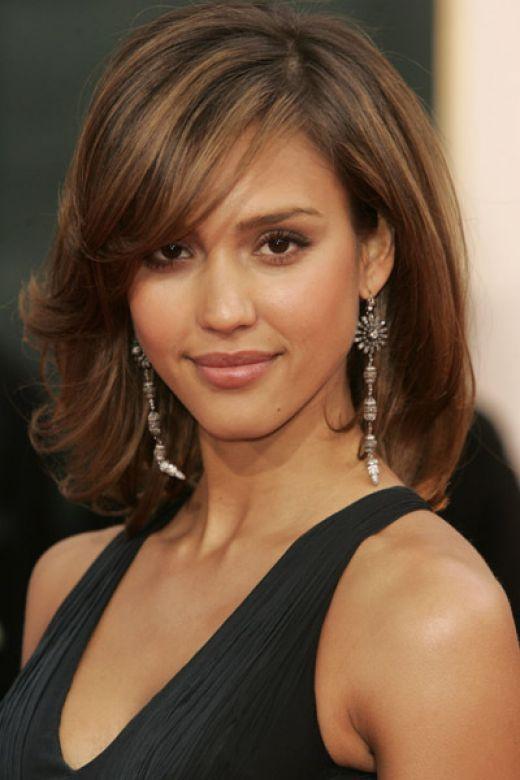 .: Haircuts, Hair Colors, Medium Length Hairstyles, Hair Cut, Jessicaalba, Bangs, Hair Style, Medium Hairstyles, Jessica Alba