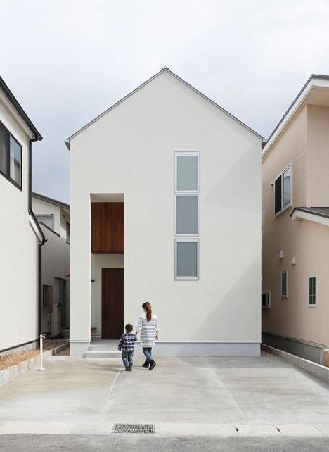 Hazukashi House, the two-storey family residence - Kyoto, Japan