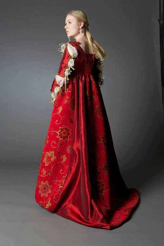 Lucrezia Borgia Renaissance Dress by SarahAnnLamb on Etsy
