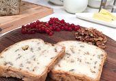 de dille en ris de tijm en hak de kruiden fijn. Meng de kip, olijven, knoflook, lente-ui en de kruiden door het mascarponemengsel en breng op smaak met...