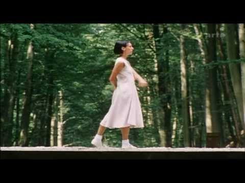 Anne Teresa De Keersmaeker - Steve Reich - Violin Fase - Violin Phase (HQ) - YouTube