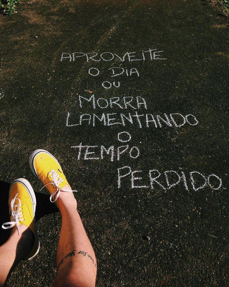Mundo de Ideias♥ Se eu morrer não é da tua conta! Se o tempo está perdido só diz respeito a mim. Quer saber!!!!!!!????? Não vou entrar na tua sintonia.