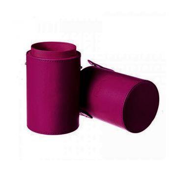 Футляр для визажных кисточек YRE МАС фиолетовый 22 см - Удобный футляр для кистей MAC упростит хранение кистей и позволит упорядочить кисти по своему усмотрению. Классический дизайн в фиолетовом цвете футляра для кистей для макияжа будет украшением рабочего места мастера визажа.  A convenient case for MAC brushes will simplify the storage of brushes and will allow you to arrange your brushes at your discretion. The classic design in the purple color of the case for make-up brushes will