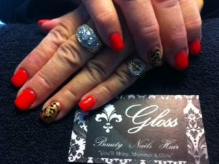 Red nails with fun Accent print! X