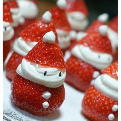 Petits bonhommes / lutins / père Noël en fraises...