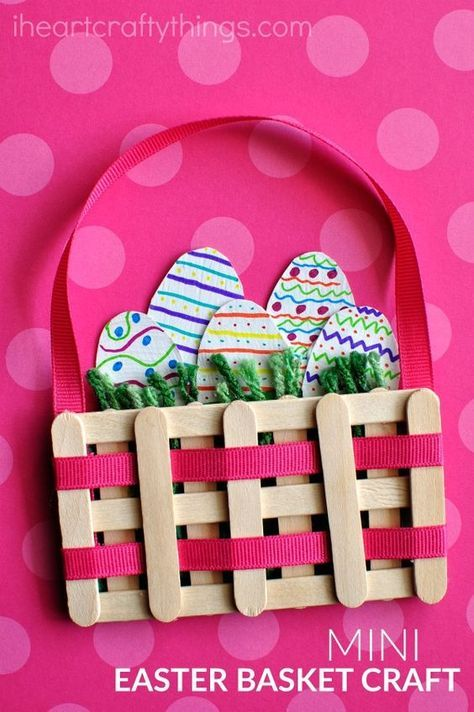 This mini Easter basket craft made from craft sticks is such a cute Easter kids craft, popsicle stick craft and spring kids craft.: