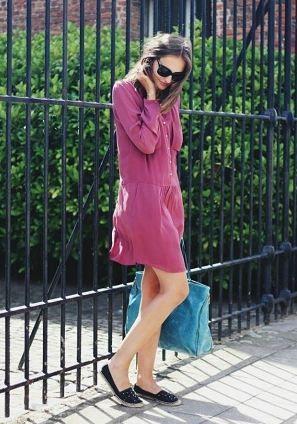 とろみ感のあるふんわりタイプはトレンド♡春夏ファッションのシャツワンピースのコーデ