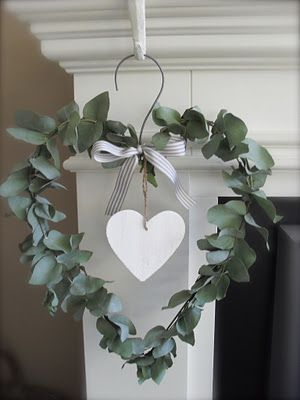 Link doesn't work, but I like the idea of a non-pink Valentines wreath.