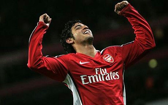 Carlos vela, super  hero, Arsenal, Gooners.
