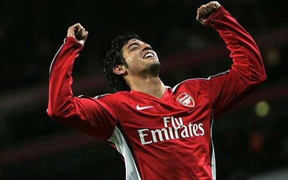 Carlos vela, super  hero, Arsenal, Gooners.
