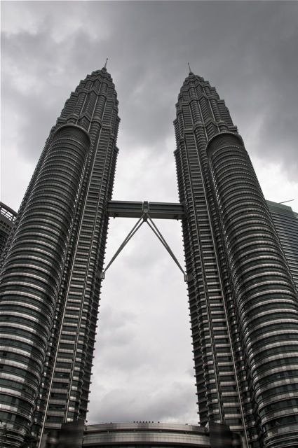 Highest twin buildings in the world Petronas Towers