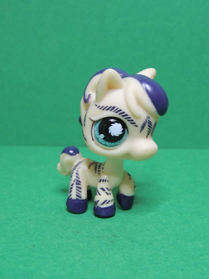 #1266 Zebre Zebra cream purple & blue eyes LPS Littlest Pet Shop Figure