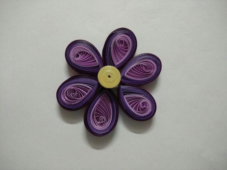 Quilled flower...purple...basic design