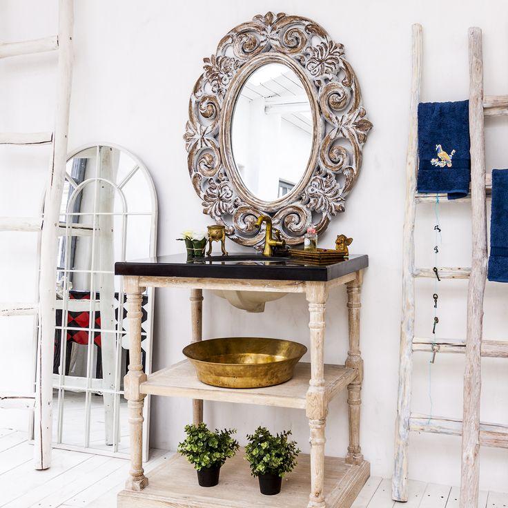 """Уютная тумба """"Маделан"""" с белой керамической раковиной и столешницей из черного мрамора вернет Вам очарование ушедших эпох. На двух удобных полках Вы сможете разместить косметические средства и ванные принадлежности. #мебель, #ваннаякомната, #тумба, #мойка, #раковина, #прованс, #bathroom, #furniture, #provence, #frenchstyle, #французскийстиль"""